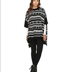 Jack by BB Dakota Black & White Poncho Sweater XS
